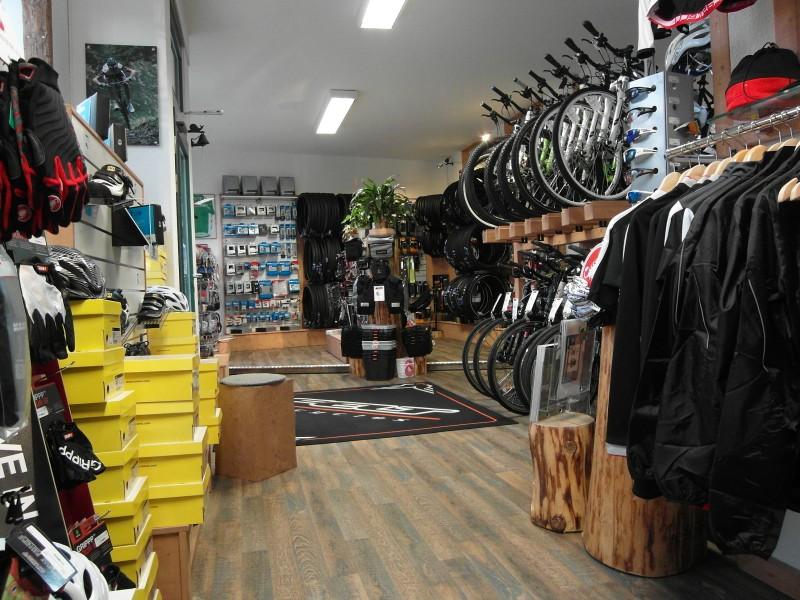 Der Zweiradmeister Chemnitz Fahrrad Verkauf Und Werkstatt